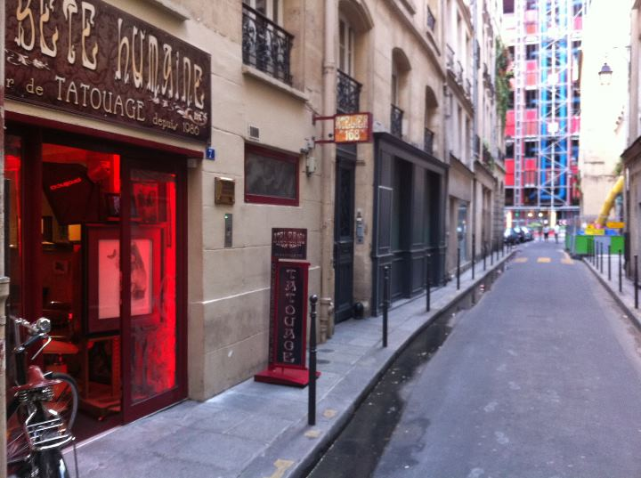 La b te humaine visitez le studio de tattoo paris for Salon tattoo paris